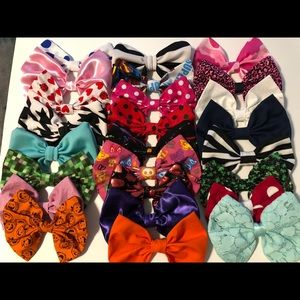 Other - Hair bow lot